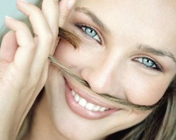 Маску для волос из горчицы наносить на сухие или влажные волосы